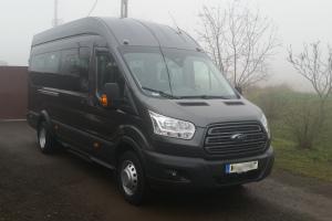 Ford Transit Busz